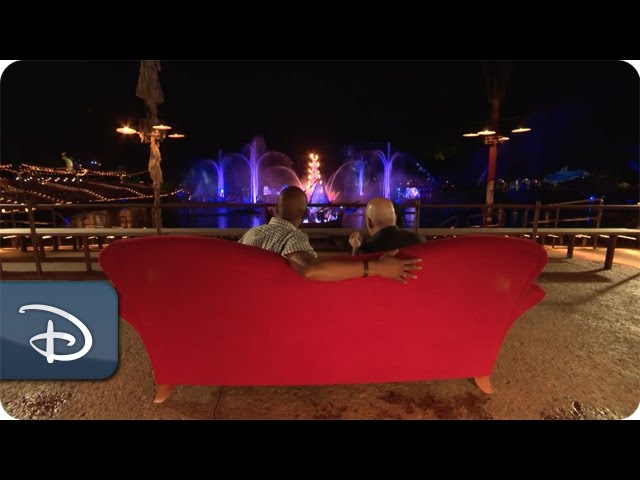 inside-disney-parks-red-couch-rivers-of-light-at-disney-s-animal-kingdom
