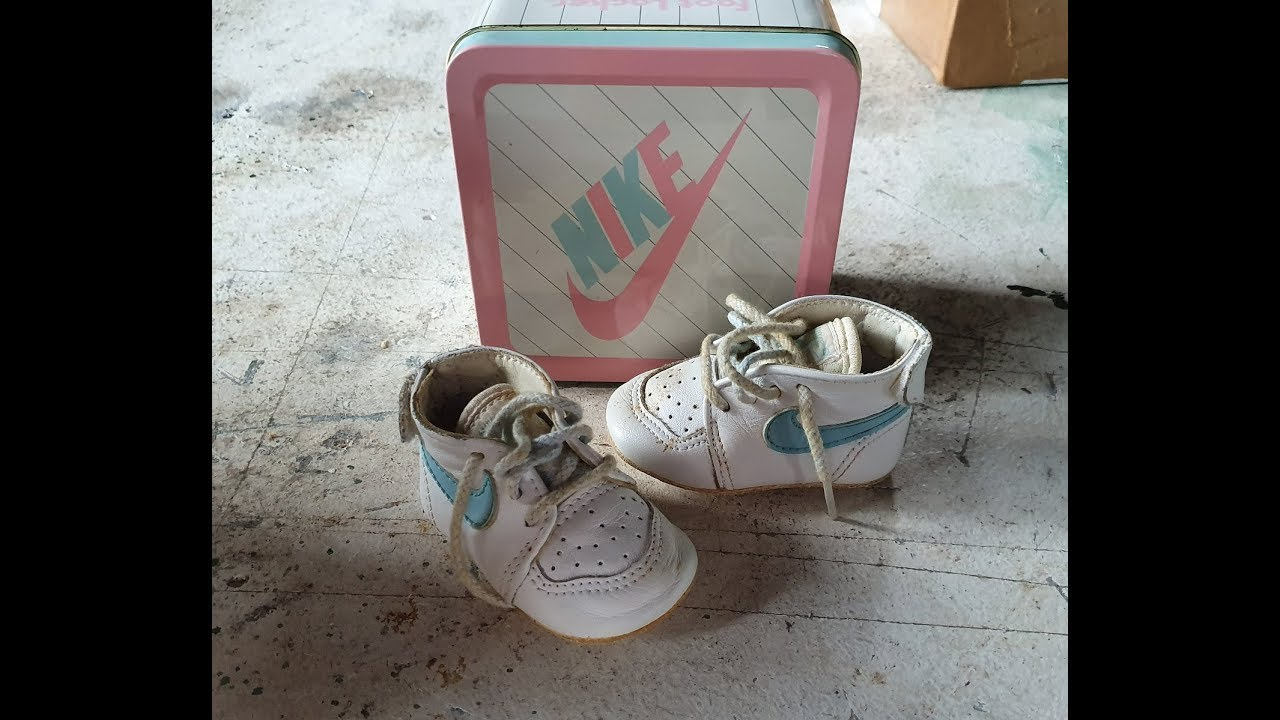 Vintage NIKE baby shoes 80s - YouTube
