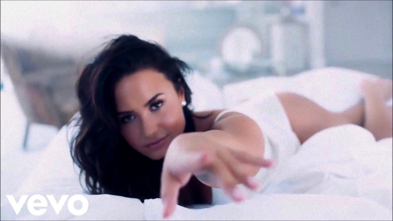 Demi Lovato - Sexy Dirty Love (Official Video)