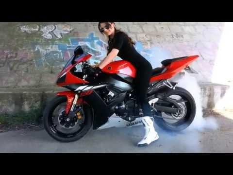 Yamaha R1 Burnout with a beautiful girl