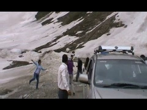 Six High Altitude Mountain Passes in Ladakh