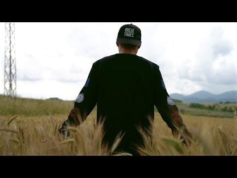 AMBKOR - CAMINA - #AULLIDOS [VIDEOCLIP OFICIAL] [PROD. RIK FARRES]