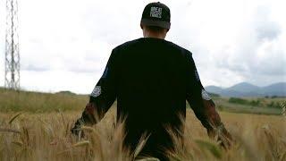 """AMBKOR - """"CAMINA"""" - #AULLIDOS [VIDEOCLIP OFICIAL] [PROD. RIK..."""