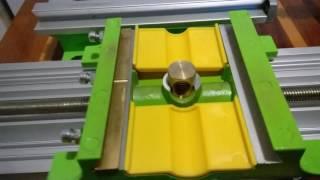 Стол-тиски BG6330 - причина люфта оси Y