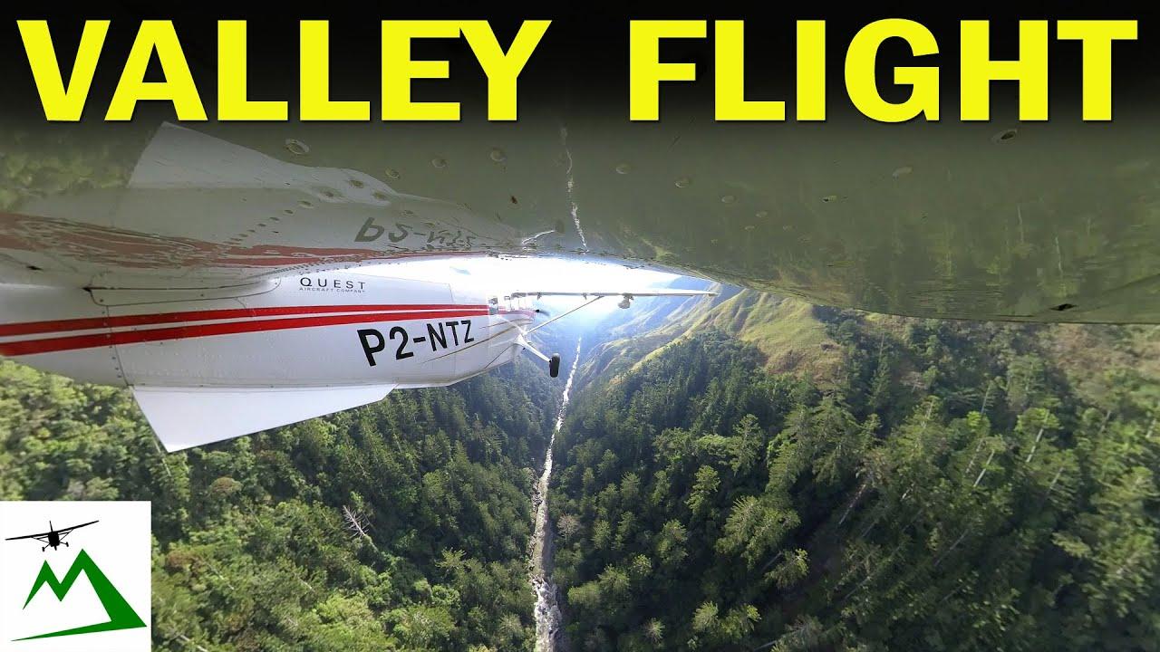 STUNNING Low Level Scenic Flight thru Papua New Guinea