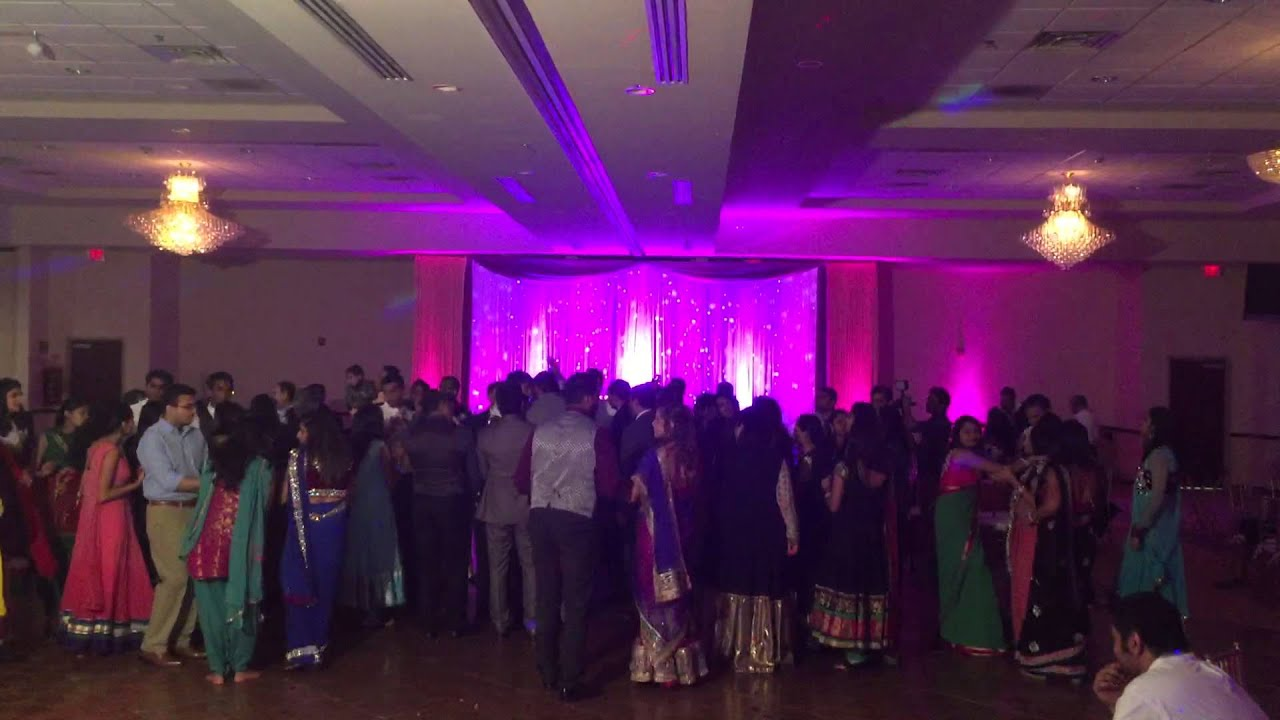 Indian Wedding Dj In Chicago Waterford Banquets Reception Open Dance