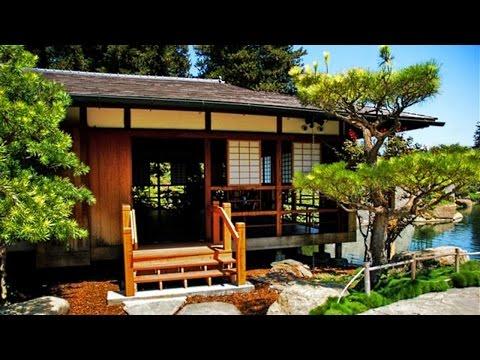 Traditional Japanese House + Garden   Japan Interior Design