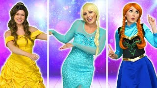 ELSA VS ANNA VS BELLE DANCE COMPETITION. Totally TV Challenge.