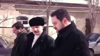 Мэр Буйнакска показывает город Шевченко