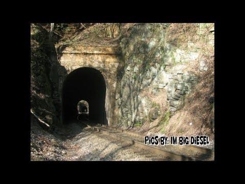 CSX Clinchfield Loops Series - Day 1. Three trains, three tunnels, a Must Watch Video!!!