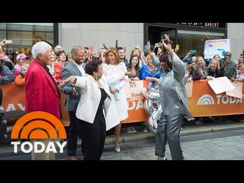 80-Year-Old Mom Gets A Mother's Day Surprise From Patti LaBelle And Hoda | TODAY