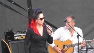Lucie Bílá- Zpíváš mi requiem Vinobraní 2014