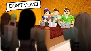 TRAPPED IN A HOUSE BY CRAZY FANS IN ROBLOX!