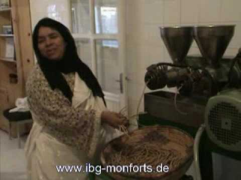 press huile froid oil expeller argane figue de barbarie youtube. Black Bedroom Furniture Sets. Home Design Ideas