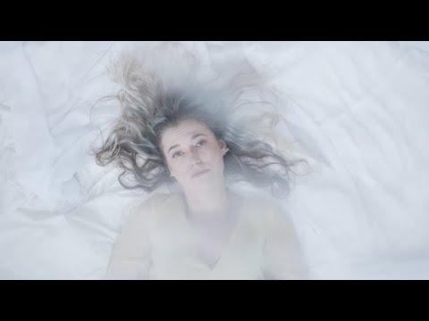 LUNA - 5am (Official Music Video)