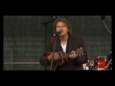 Tom McRae - Still Love You.wmv