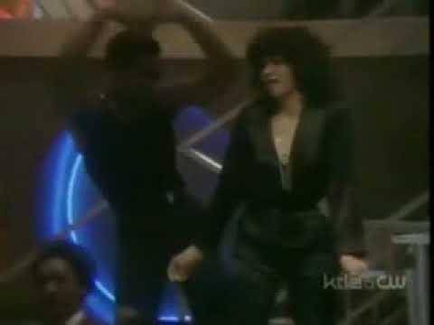 Soul Train Dancers dance to Wall Street Shuffle  10cc