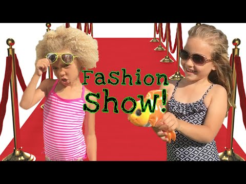 KIDS FASHION SHOW || Cute Girls Playing Dress Up!