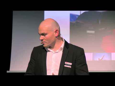 Voyage, rêves et partage | Sylvain Dessailly | TEDxDunkerque