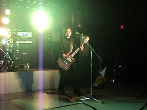 EMPTY CITIZEN-LIVE QUEBEC CITY 11/19/11