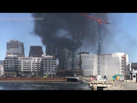 Kraftig brann på Grønland i Oslo