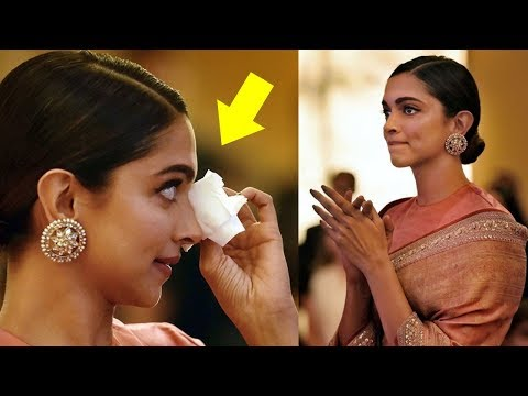 Deepika Padukone CRYING In Public After Her Father Prakash Padukone Gets Award