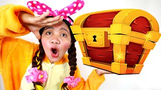 Gemma Found Toy Pirate Treasures Video for Kids