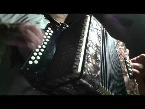 Hohner pre-Corso button accordion-vallenato tuning