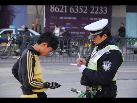 How Chinese police makes money on the side