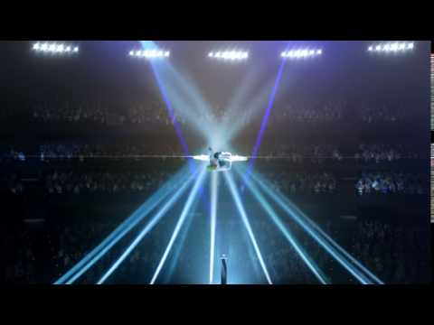 OREO Dunk Challenge: Christina Aguilera's Balancing Act