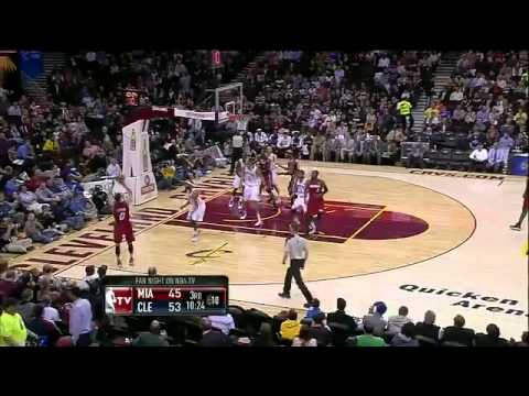 Mike Bibby 7-11 3PT vs Cavs...