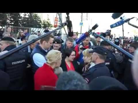 Navalny on meeeting 14 05