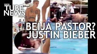 Vaza Vídeo de Justin Bieber Beijando Pastor na Piscina