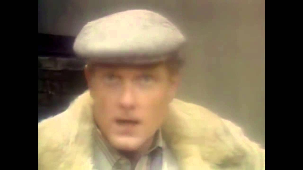 Mike Love (You'll Never Be) Alone on Christmas Day - YouTube