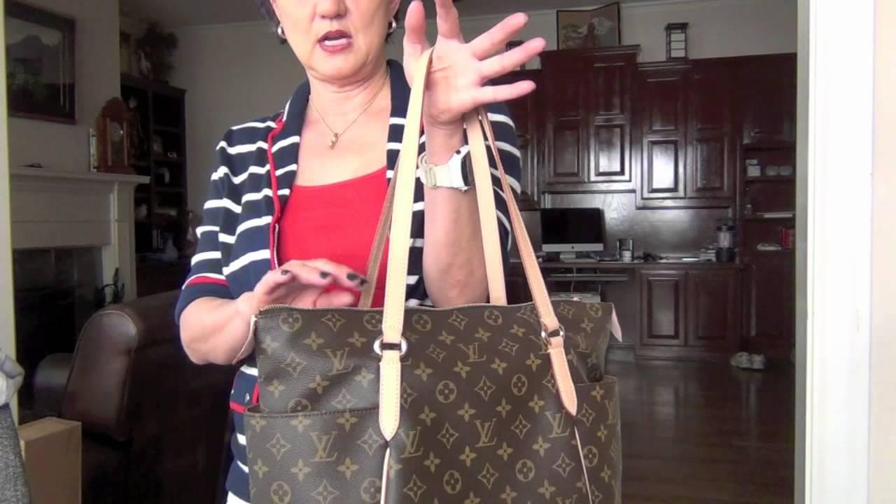 613570b2435d Louis Vuitton Totally MM vs Delightful PM Comparison - YouTube