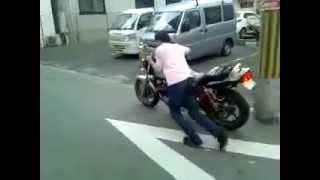 ナナハンバイク押しがけ方法 やりかた