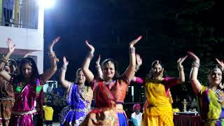 Sweety Tera drama and Nagada remix garba bye Dreamz Dance Academy Rajesh