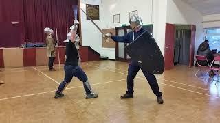 Medieval Combat Society Jan : shield vs buckler