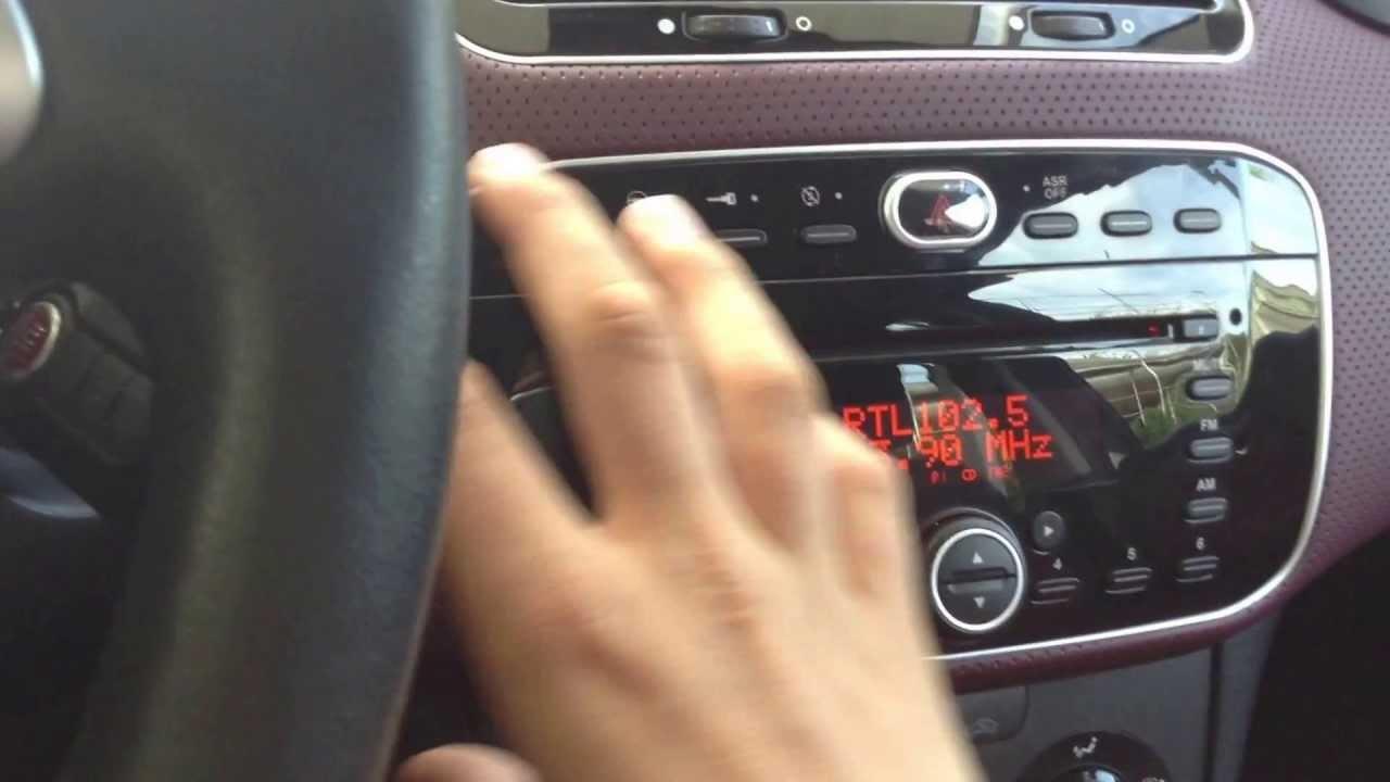 sistema infotainment della fiat punto evo infotainment system of rh youtube com Fiat Punto 2006 Fiat Punto EVO Abarth