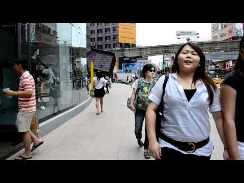 Walking from Pavilion Kuala Lumpur to Sungei Wang Plaza