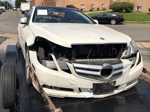 КУПИЛ СЕБЕ битую машину с авто аукциона США. Ежегодное автошоу (автосалон) в Америке