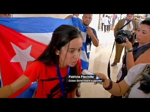 Cuban government supporters and opponents clash in Panama