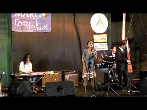 Lagu Jazz Natal @ Margo Friday Jazz