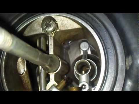 NIssan Sunny B13 (1994) Carburetor
