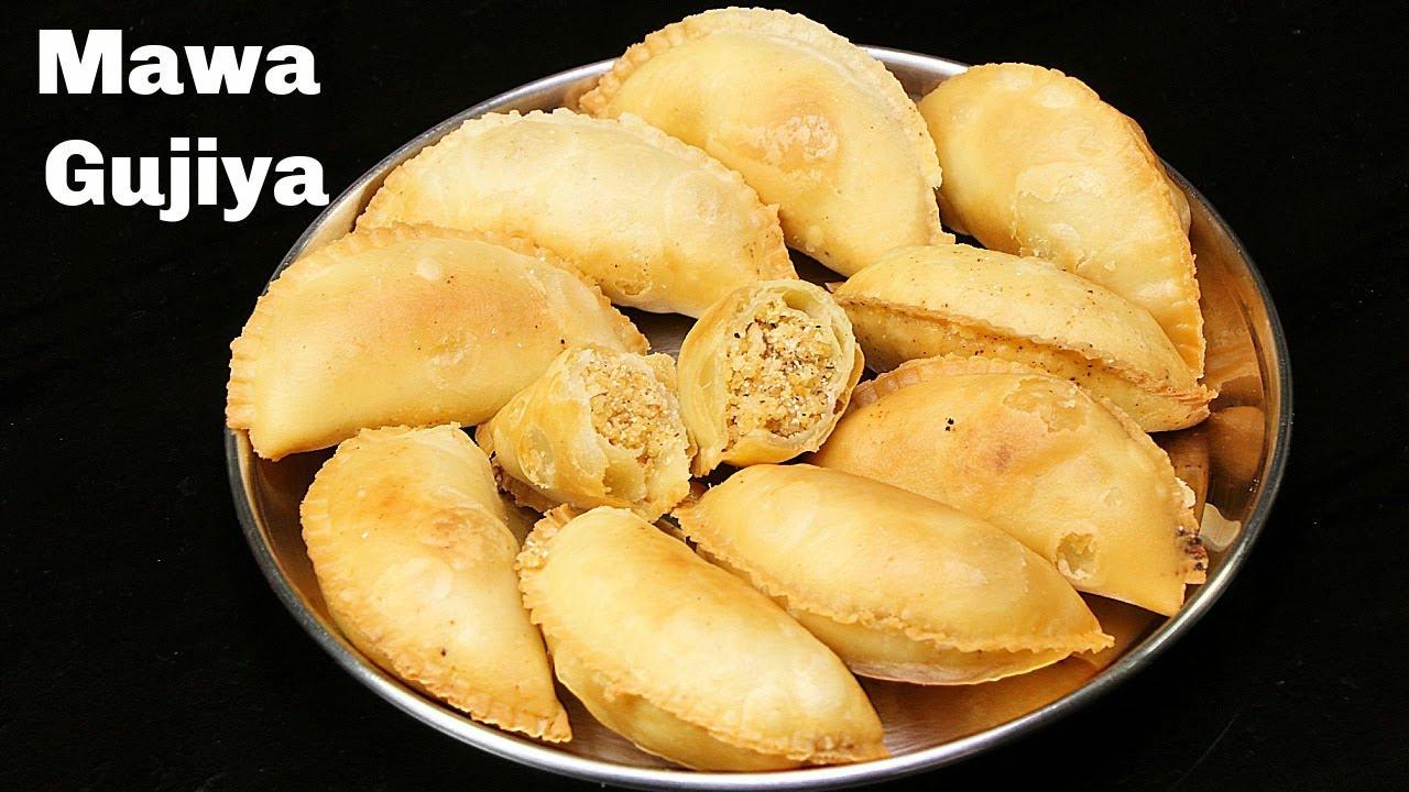 मावा गुजिया बनाने का आसान तरीका | Mawa Gujiya Recipe | Karanji Recipe | Gujiya | Kabitaskitchen