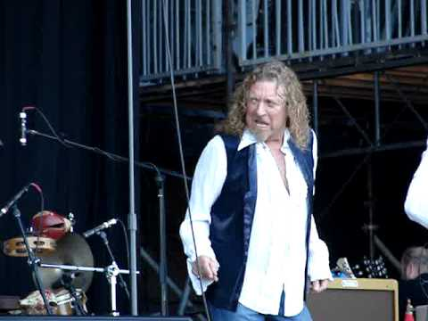 Robert Plant & Alison Krauss - Black Country Woman Lyrics