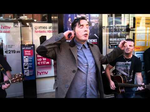 "Aslan live outside HMV Grafton Street ""Crazy World"""