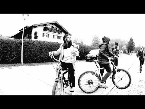 Клип Alec Troniq - The Aviating