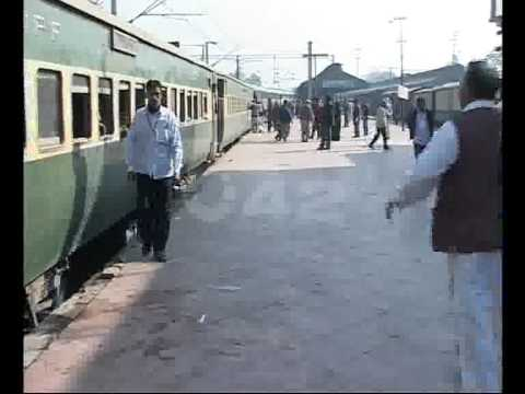Pakistan Railway Bad Condition Pkg By Junaid Riaz City42