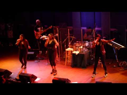 SWV - Downtown (Remix) live - Philly 6.21.15